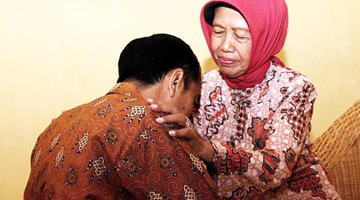 Ibunda Presiden Joko Widodo Wafat di Solo