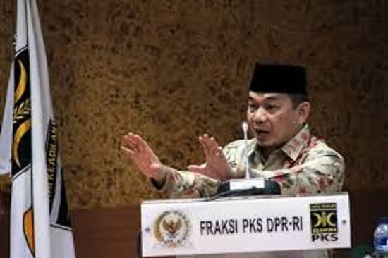 Fraksi PKS Sambut Gembira Putusan MA Batalkan Kenaikan Iuran BPJS Kesehatan