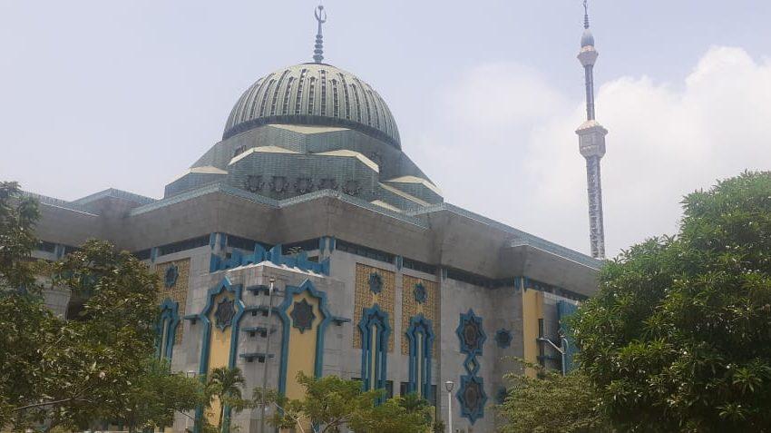 Terlihat Lengang, Masjid Jakarta Islamic Centre Tak Selenggarakan Sholat Jum'at