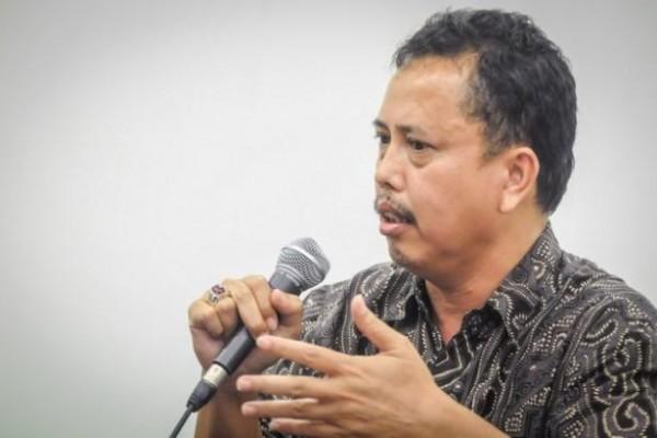 IPW Desak Pemerintah Beberkan Kondisi Pekerja Asal RRC di Indonesia