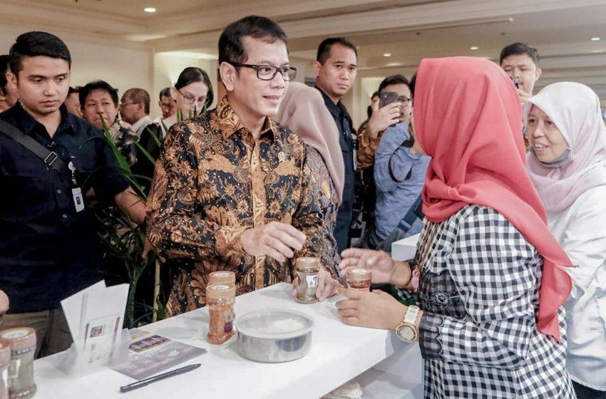 Kemenparekraf Dorong Industri Lokal Jadi Pemimpin di Pasar Sendiri