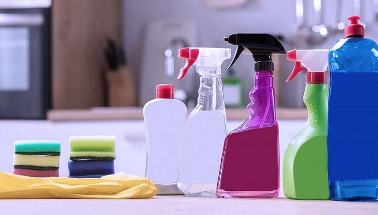 Gunakan Secara Bijak Produk Rumah Tangga untuk Disenfektan Covid-19
