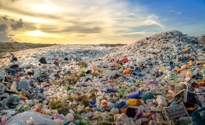 Menko Luhut B Pandjaitan Beri Arahan Kepada Menteri Terkait Soal Kelola Sampah