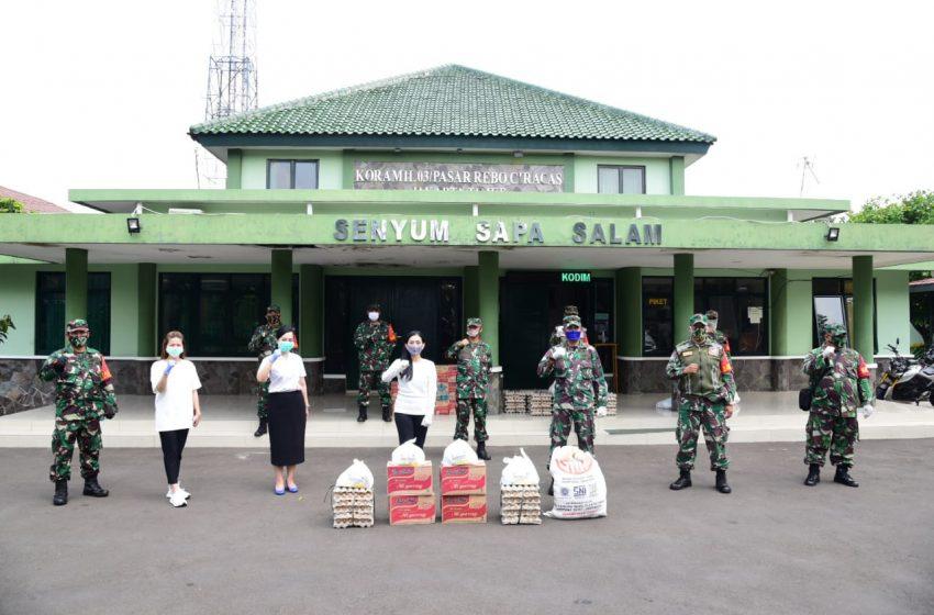 Perempuan Tani HKTI Salurkan Bantuan Sembako Bagi Warga Pasar Rebo dan Ciracas