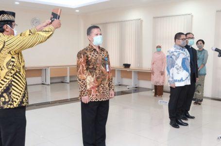 Menkeu melantik Febrio Nathan Kacaribu dan Basuki Purwadi, Jumat (3/4/2020). (Foto : Humas Kemenkeu)