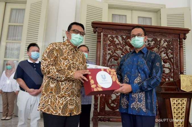 Kadin Salurkan Bantuan dari Pengusaha ke Pemprov DKI Jakarta
