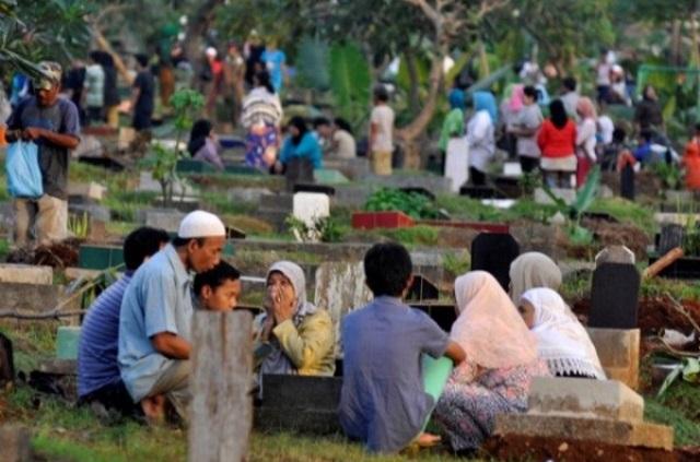Zainut Tauhid :Ziarah Kubur Jelang Ramadhan Ganti Berdoa di Rumah