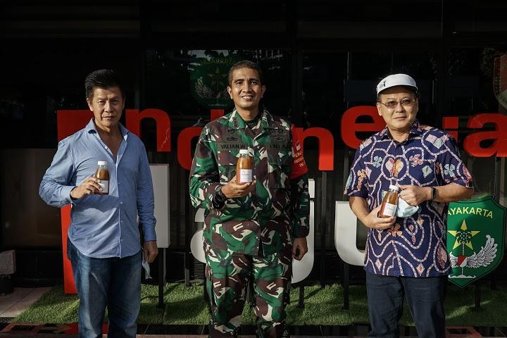 Mantan Ketua Persekutuan Dayak Kaltim Bantu TNI