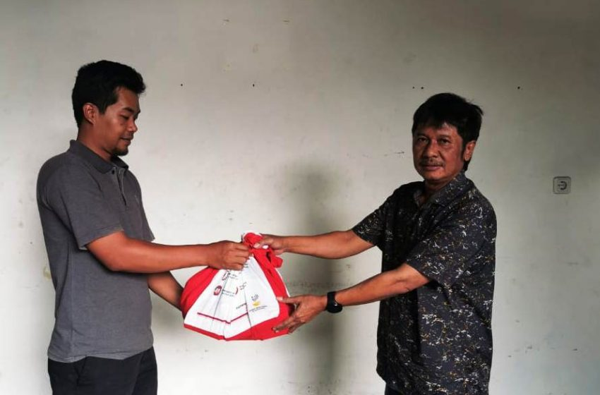 Gerakan Bogor Kahiji Bagikan Paket Sembako untuk Masyarakat Kota Bogor
