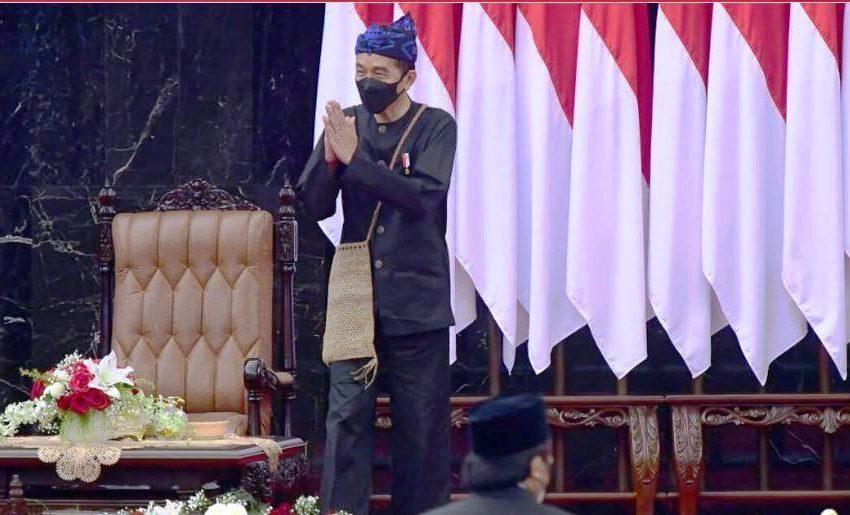 Berbaju Adat Baduy, Presiden Sampaikan Pidato Kenegaraan dalam Rangka HUT ke-76 RI