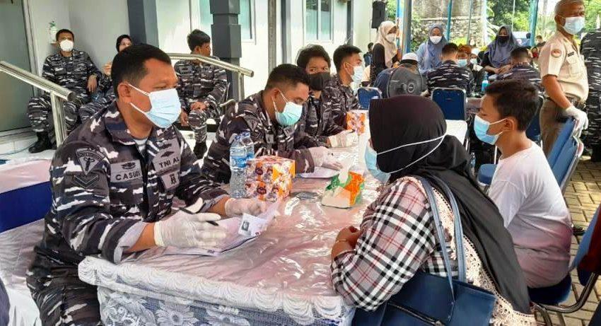 Serbuan Vaksinasi TNI AL Terus Berlanjut Di Pasir Angin Kabupaten Bogor