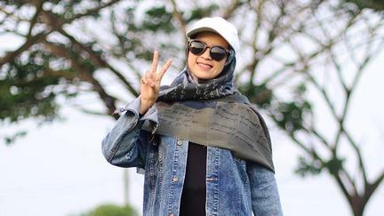 Risa Solihah Santri Ponpes Hidayatul Mubtadi'in Dengan Lagu Sampaikan Syiar